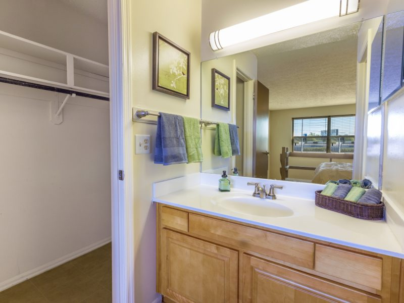 TGM Avalon Apartments Bathroom