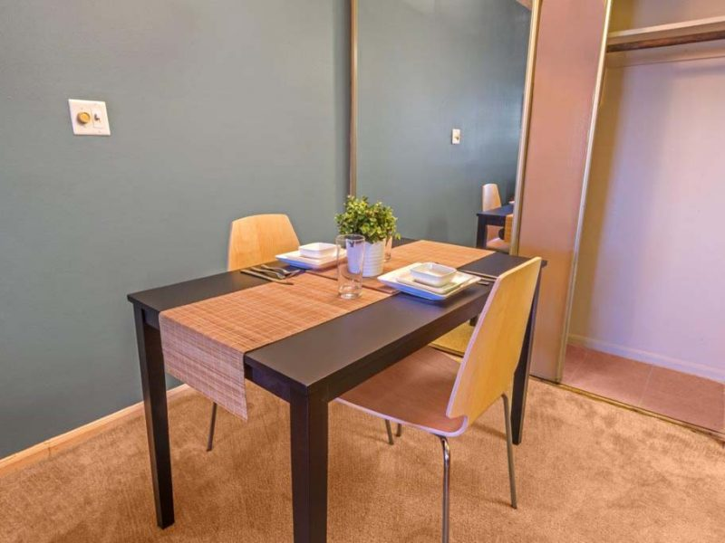TGM Avalon Lake Apartments Dining Room